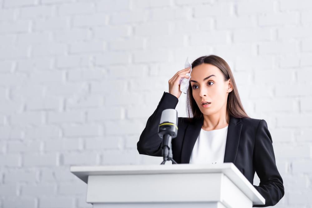 スピーチで緊張する人へ 記憶術で内容を忘れない方法 記憶の学校 実生活で役立つ記憶術が身につく記憶スクール